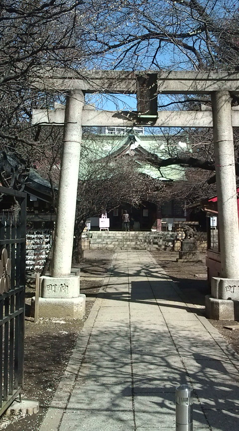 まず、成子天神社。